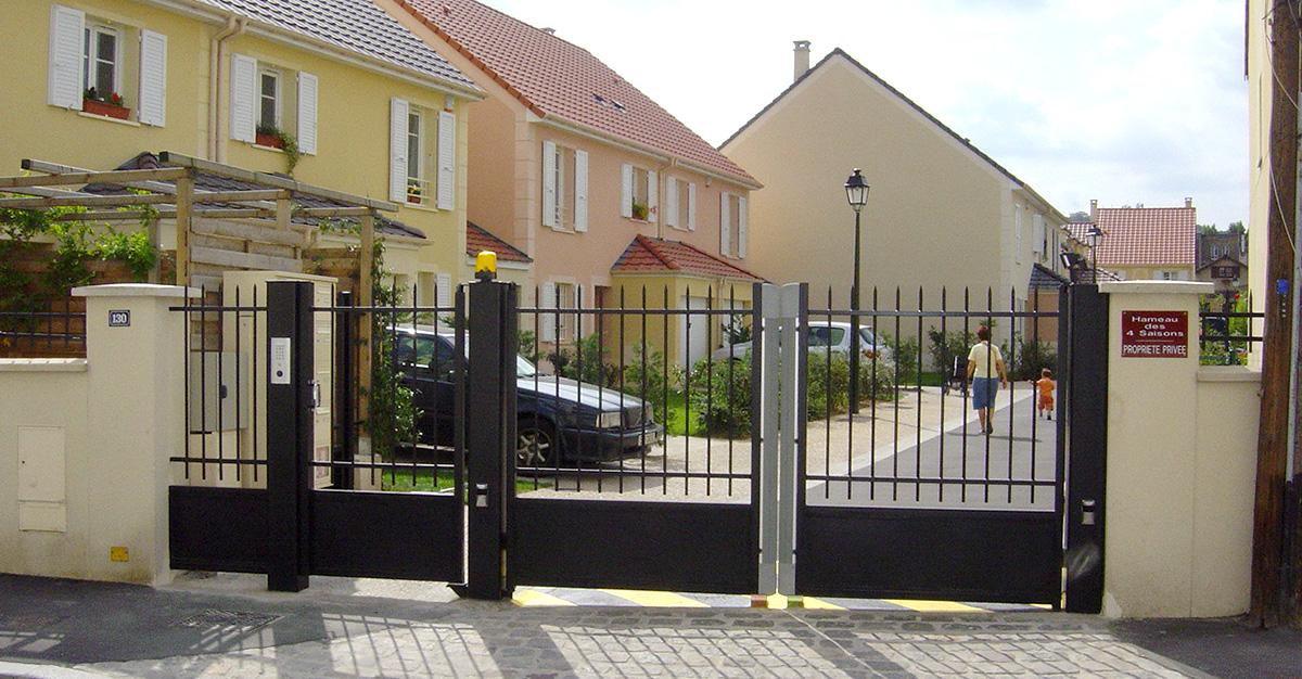 Motorisation et Contrôle d'accès - Portail collectif motorisé - PORTAIL PC Résidentiel 1