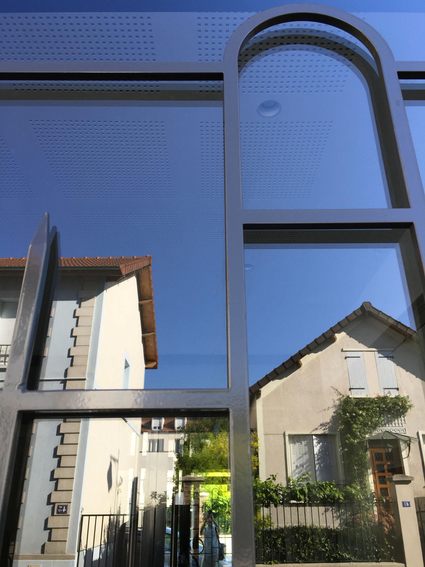 53-porte-acier-immeuble-cadre-moulure-le-lissac-maison-alfort-2-Bak-Systemes