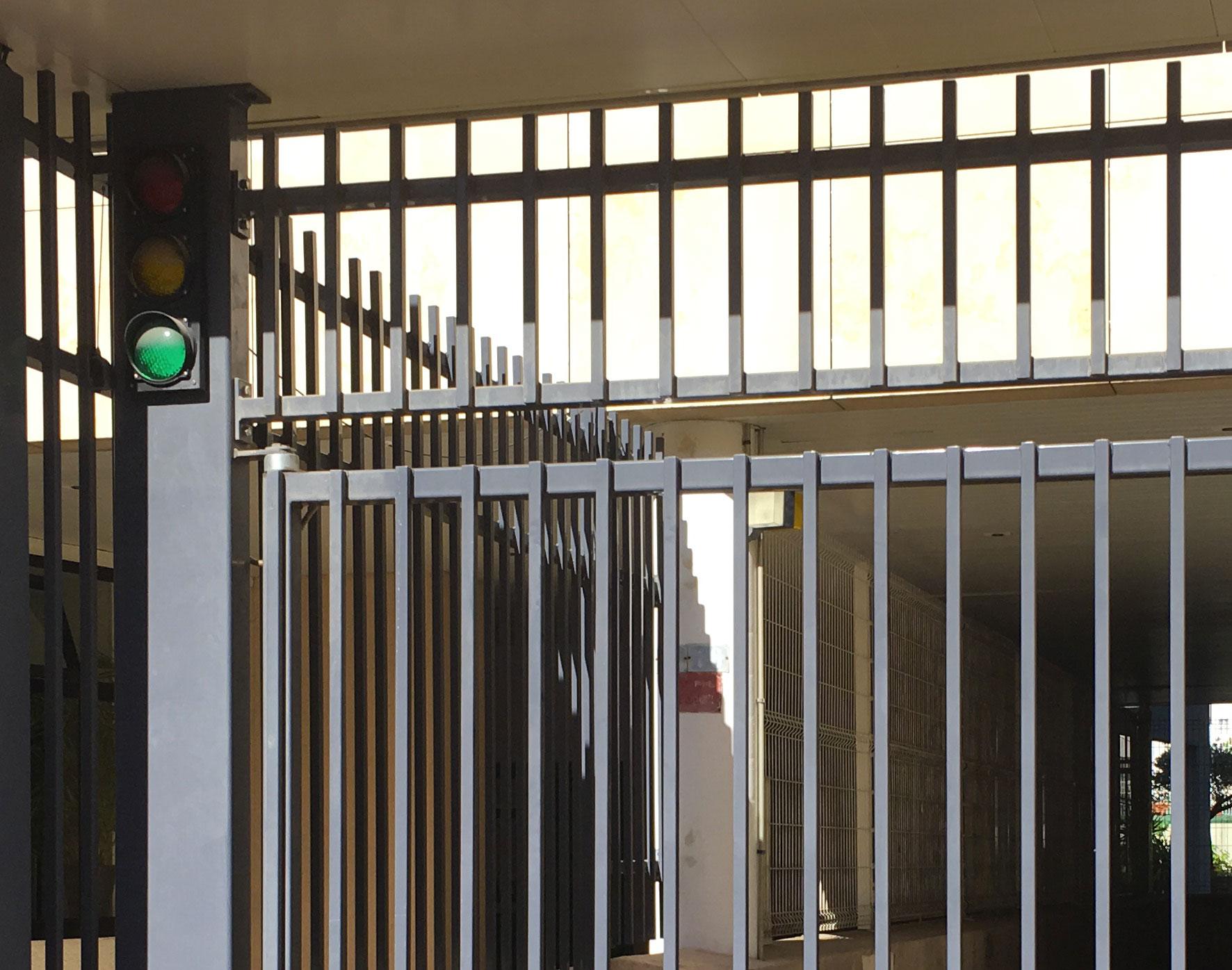 Portail de sécurité à Montrouge